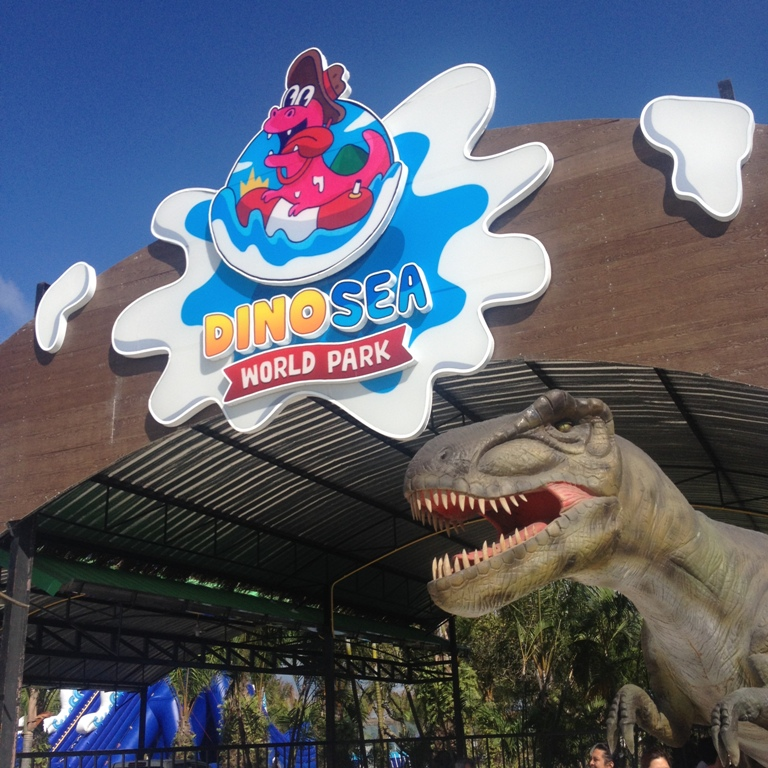 Dinosea World Park/Kata Diving Service04